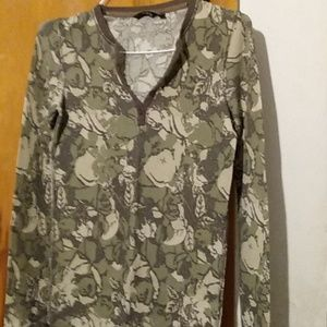 Thermal Hurley shirt